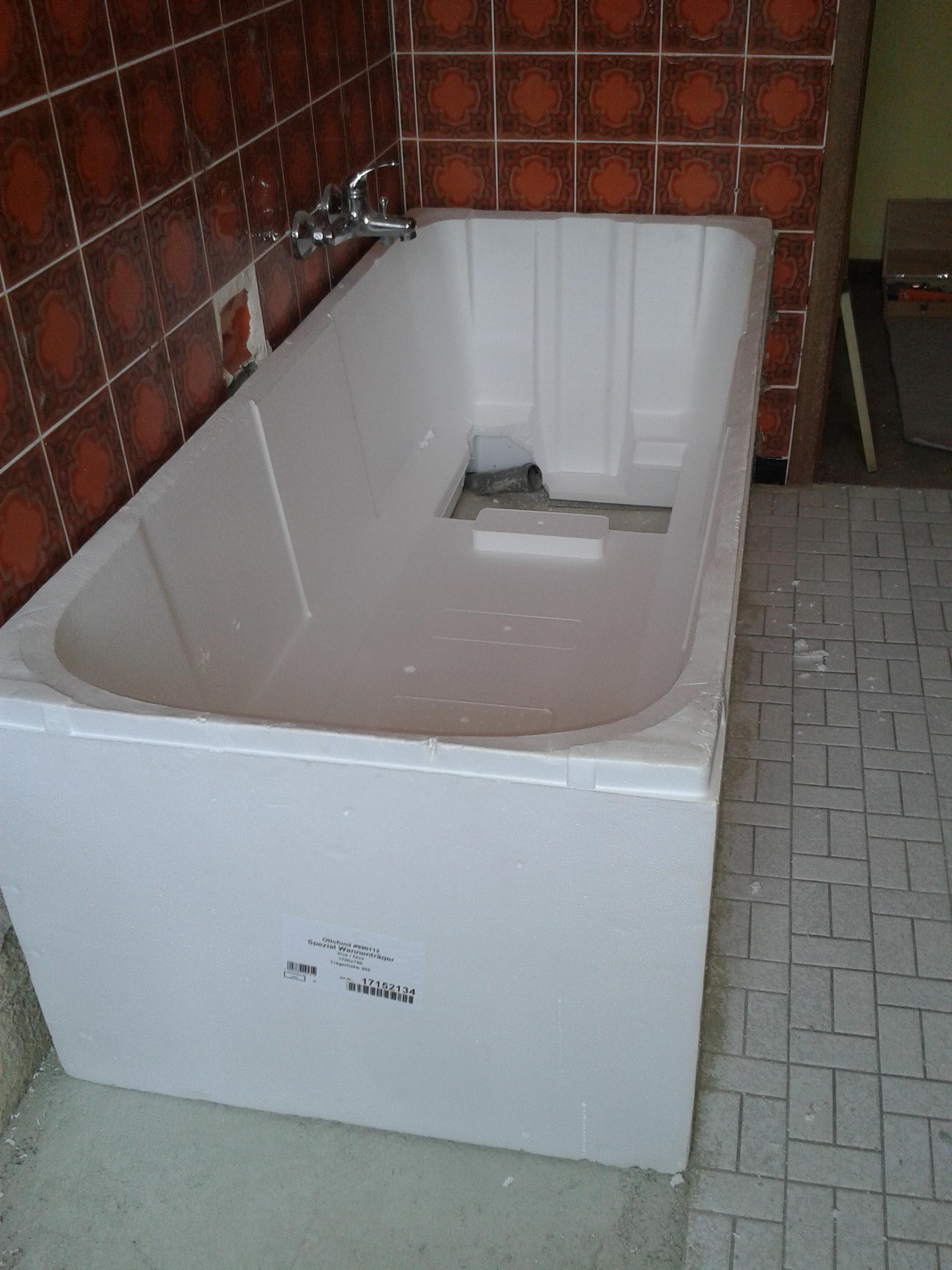 Berühmt Neues Badezimmer | Badewanne in Wannenträger einbauen LR36